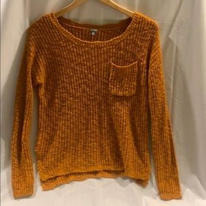 Charlotte Russe Gold Pullover Scoopneck Sweater